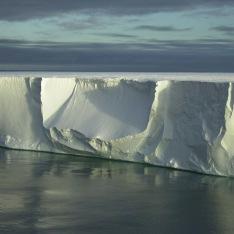 Antarctic Ice Shelf, Georges Nijs