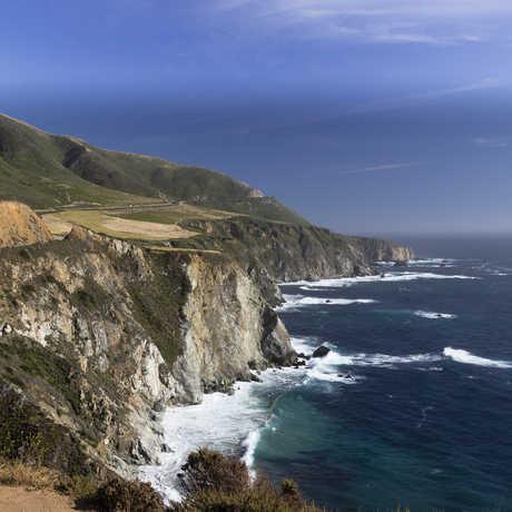 California Coast by Henrique Pinto