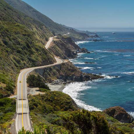 Aerial photo of Big Sur coastline and Highway 1