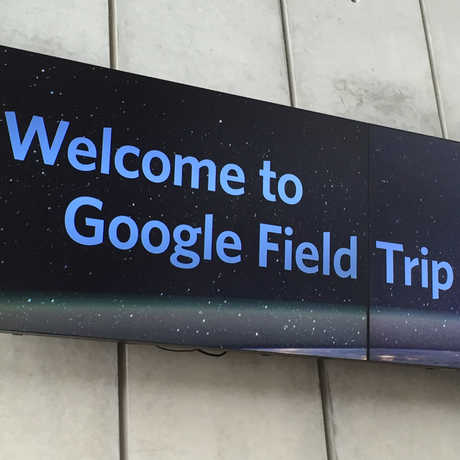 Sign welcomes students to Google Field Trip Day