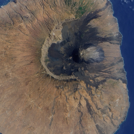 Volcanic collapse triggered mega-tsunami, NASA