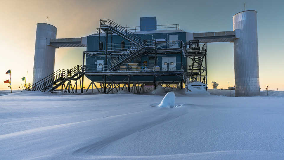 Long View Study No. 37 (Neutrinos)