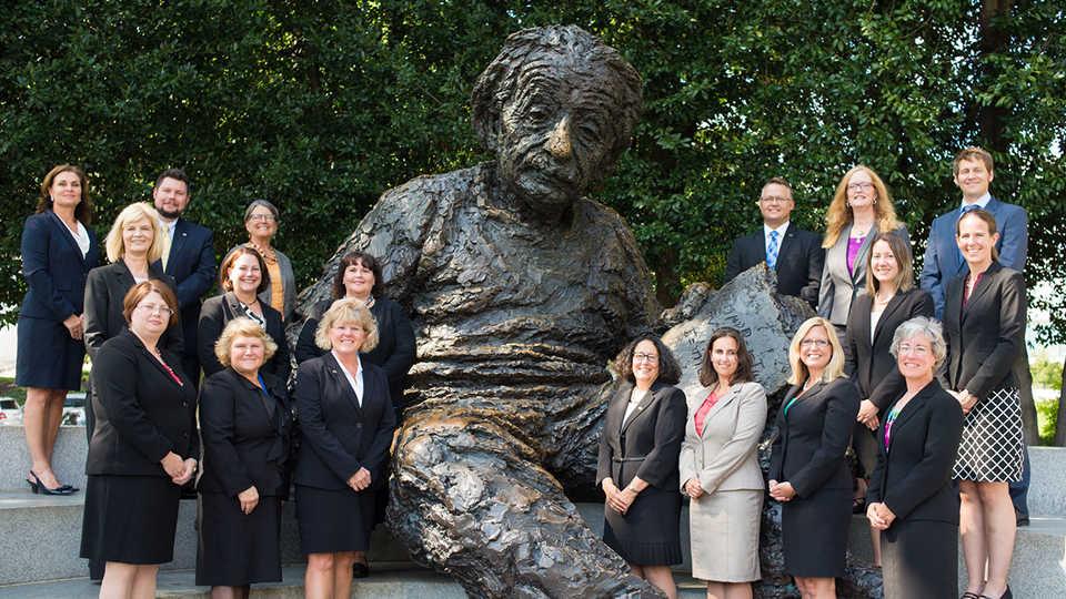 2014-15-Albert-Einstein-Fellows-Group-Photo